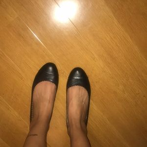 Great condition black flats